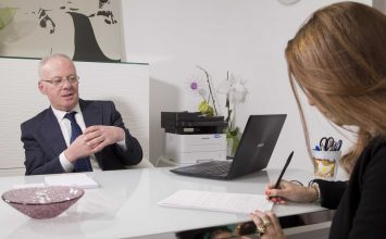 """""""La clinica odontoiatrica"""" del dottor Giacomo Tosto: esperienza trentennale a servizio del paziente."""