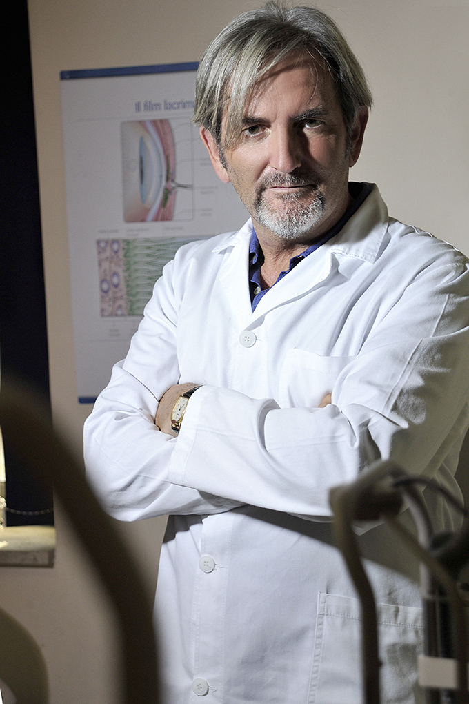 Carmine Ciccarini nel suo studio